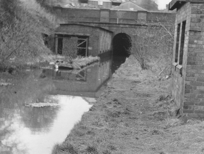 Hovel at entrance to Gosty Hill Tunnel (Steve King)